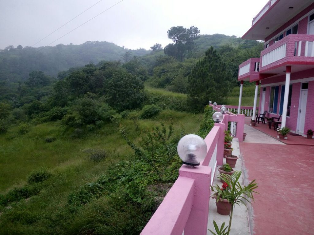 Sunshine Courtyard Resort Shoghi