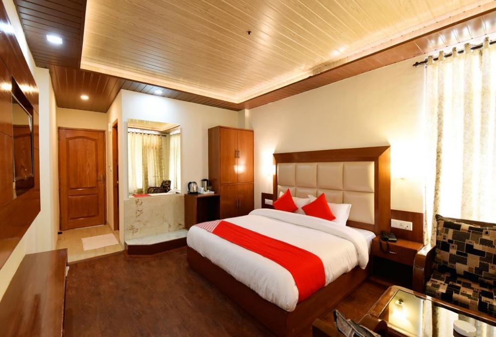 Hotel Manali Mantra Classic Room